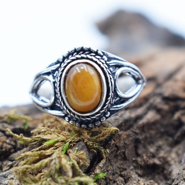 Ring White Metal Tiger Eye Tear Oval