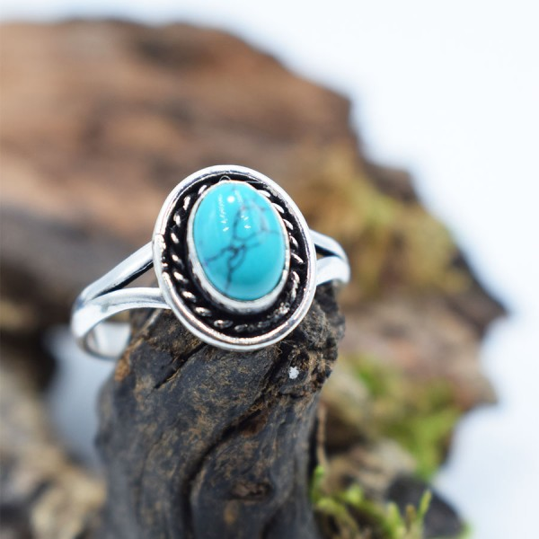 Ring White Metal Turquoise Oval