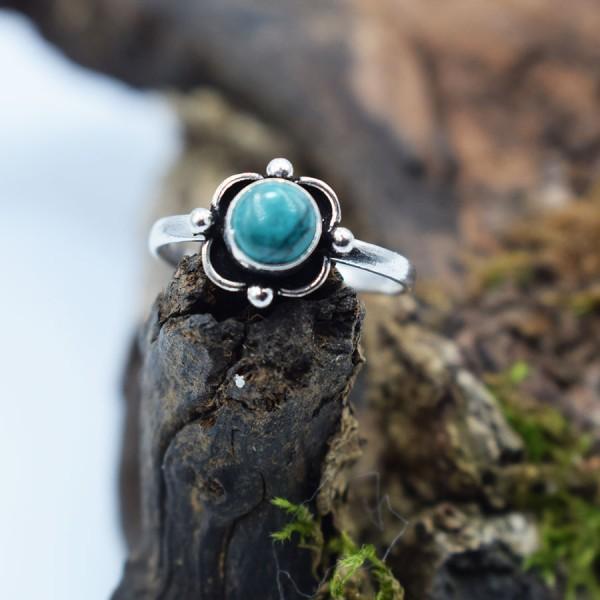 Ring White Metal Turquoise Margarita